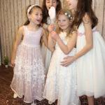 Kinderfestmode für die Erste Heilige Kommunion, zur Einschulung oder Taufe.